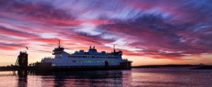 seattle-ferry-at-sunset